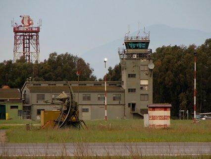 Венный аэропорт Дечимоманну - Сардиния