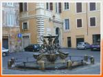 Площадь Маттеи и фонтан черепах