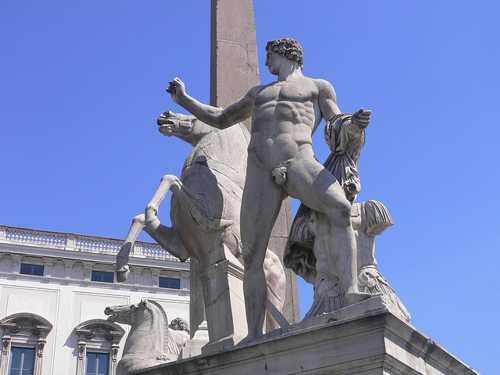 Квиринальский обелиск в Риме