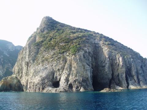Остров Пальмарола - Италия