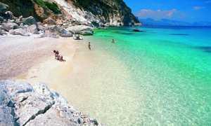 Пляж Бари Сардо
