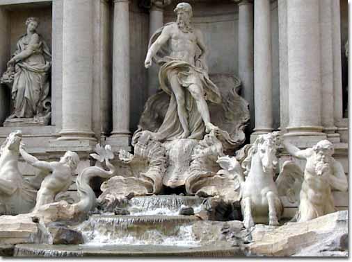 Центральная композиция фонтана Треви